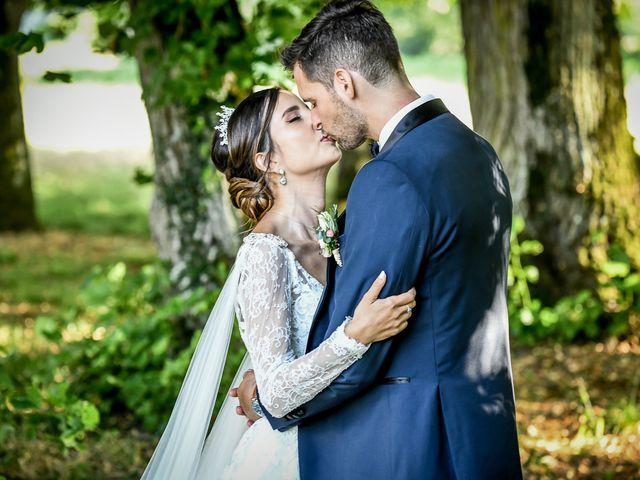 Le mariage de Thomas et Yasmine à Poitiers, Vienne 53