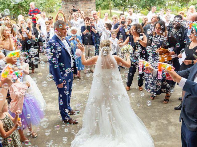 Le mariage de Baptiste et Jennifer à Troyes, Aube 36
