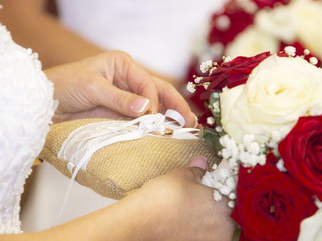 Le mariage de Séverine et Céline à Cagnoncles, Nord 12