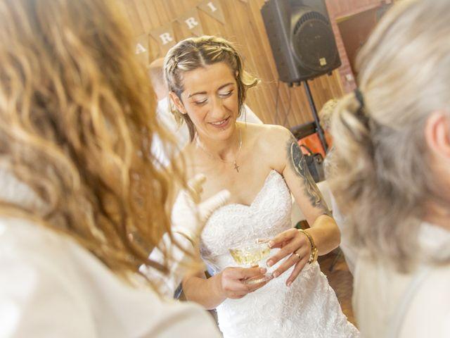 Le mariage de Séverine et Céline à Cagnoncles, Nord 29