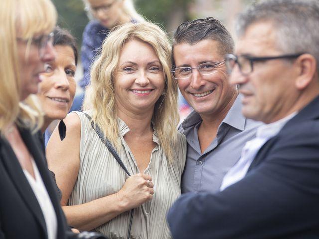 Le mariage de Séverine et Céline à Cagnoncles, Nord 36