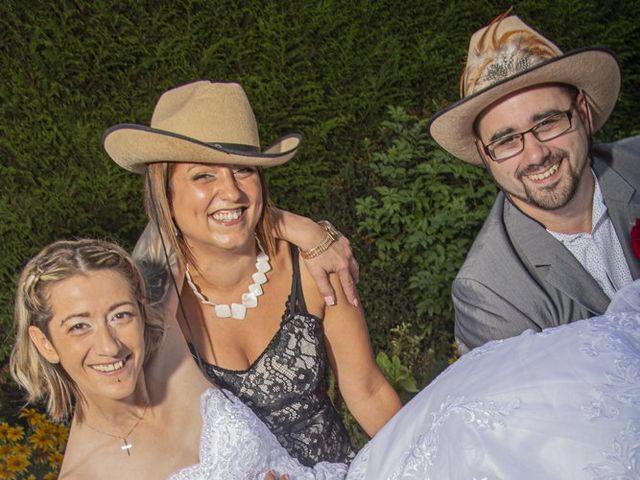 Le mariage de Séverine et Céline à Cagnoncles, Nord 40