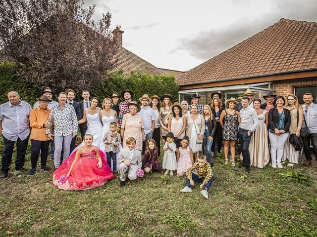 Le mariage de Séverine et Céline à Cagnoncles, Nord 42