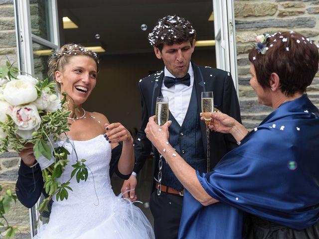 Le mariage de Sylvain et Amandine à Saint-Abraham, Morbihan 9