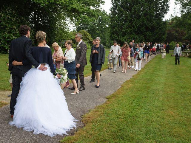 Le mariage de Sylvain et Amandine à Saint-Abraham, Morbihan 12