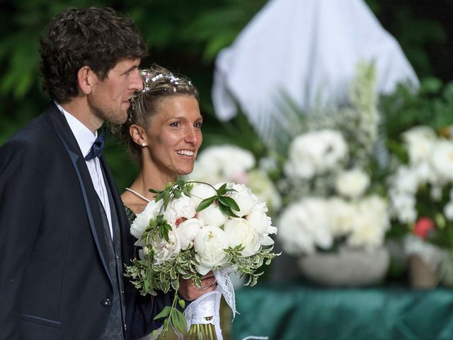 Le mariage de Sylvain et Amandine à Saint-Abraham, Morbihan 16