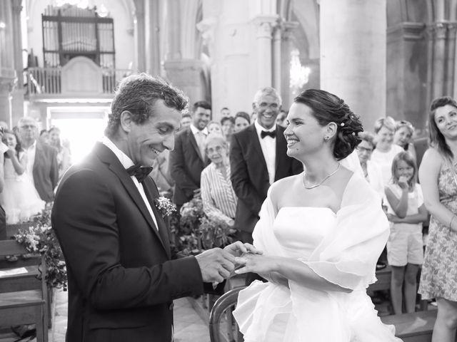 Le mariage de Jocelyn et Hélène à Chailly-sur-Armançon, Côte d'Or 7