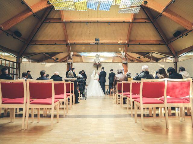 Le mariage de Alexandre et Alexandra à Guyancourt, Yvelines 14
