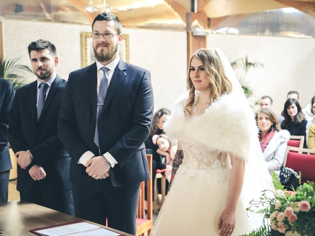Le mariage de Alexandre et Alexandra à Guyancourt, Yvelines 17