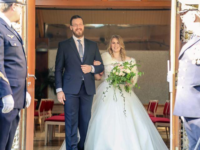 Le mariage de Alexandre et Alexandra à Guyancourt, Yvelines 30