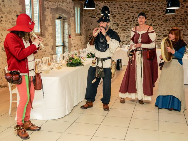 Le mariage de Alexandre et Alexandra à Guyancourt, Yvelines 67