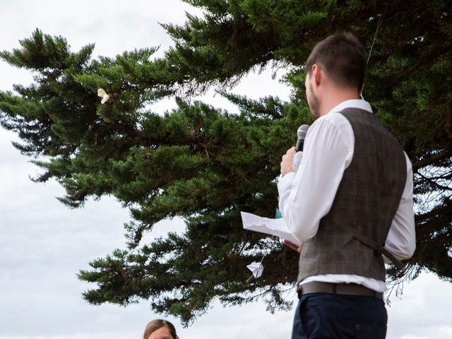Le mariage de François et Maïwenn à Locmariaquer, Morbihan 18