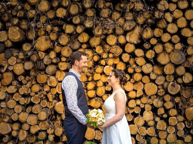 Le mariage de Aurélien et Justine à Yzernay, Maine et Loire 1