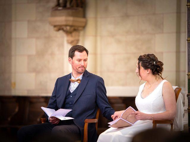 Le mariage de Aurélien et Justine à Yzernay, Maine et Loire 9