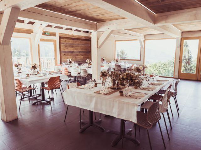 Le mariage de Brice et Marie à Combloux, Haute-Savoie 16