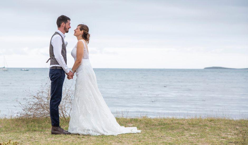 Le mariage de François et Maïwenn à Locmariaquer, Morbihan