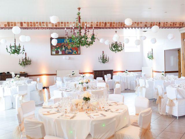 Le mariage de Jeremy et Alexandra à Villiers-sur-Marne, Haute-Marne 58
