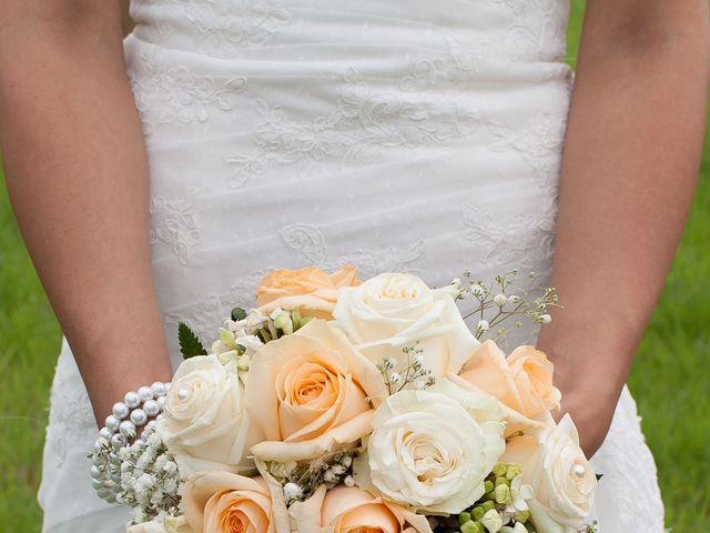 Le mariage de Jeremy et Alexandra à Villiers-sur-Marne, Haute-Marne 1