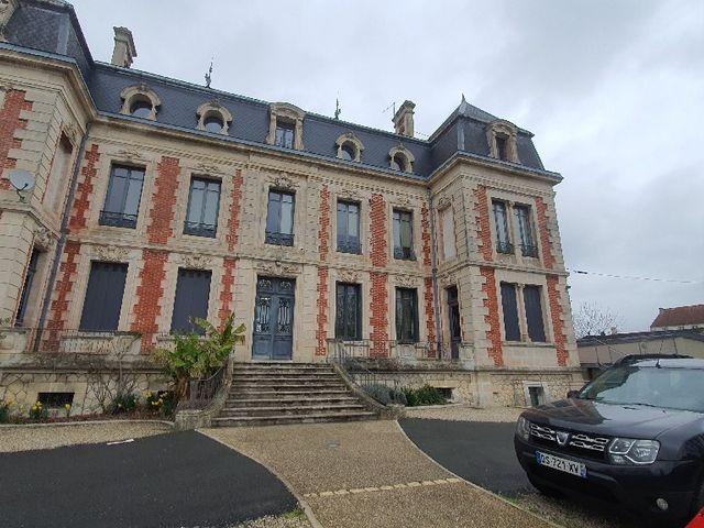 Le mariage de Guillaume  et Marine  à Angoulême, Charente 8