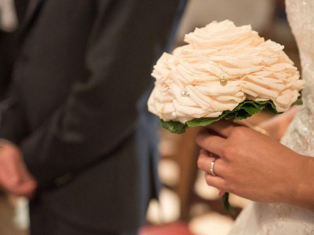 Le mariage de David et Coralie à La Rochefoucauld, Charente 7