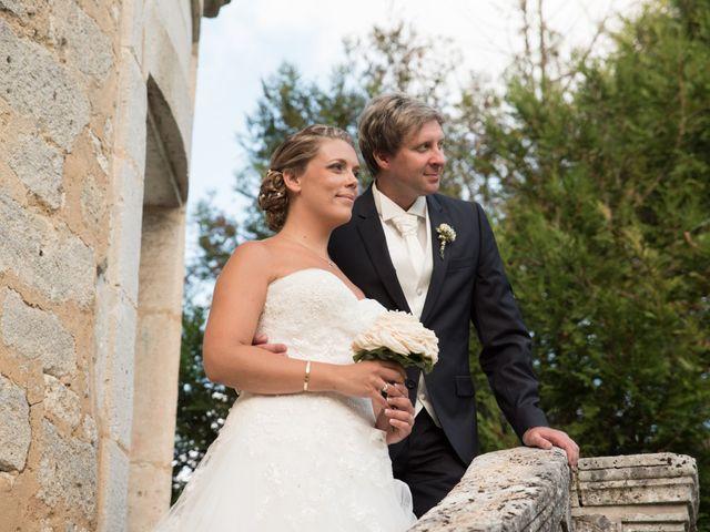Le mariage de David et Coralie à La Rochefoucauld, Charente 17