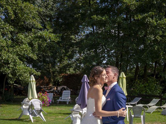Le mariage de Florian et Eva à Saint-Étienne-des-Oullières, Rhône 4