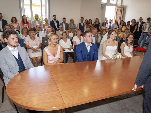 Le mariage de Florian et Eva à Saint-Étienne-des-Oullières, Rhône 20