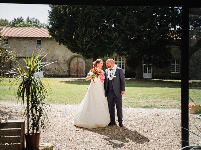Le mariage de Simon et Stéphanie à Aizenay, Vendée 18