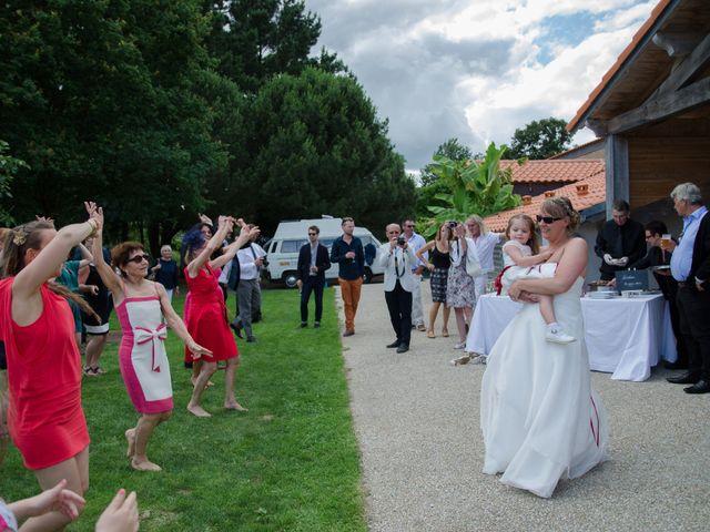 Le mariage de Julien et Maëlle à Nantes, Loire Atlantique 105