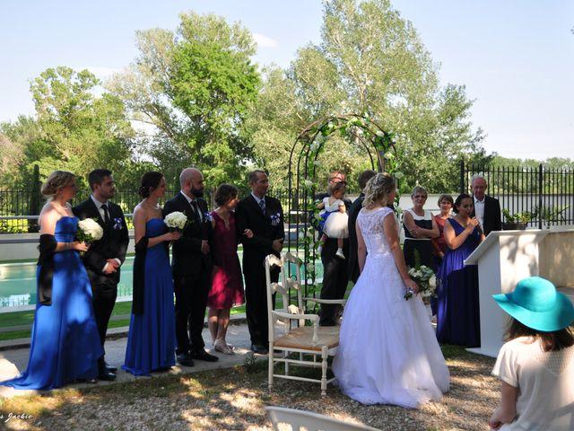 Le mariage de Vincent et Anne Laure à Orange, Vaucluse 11