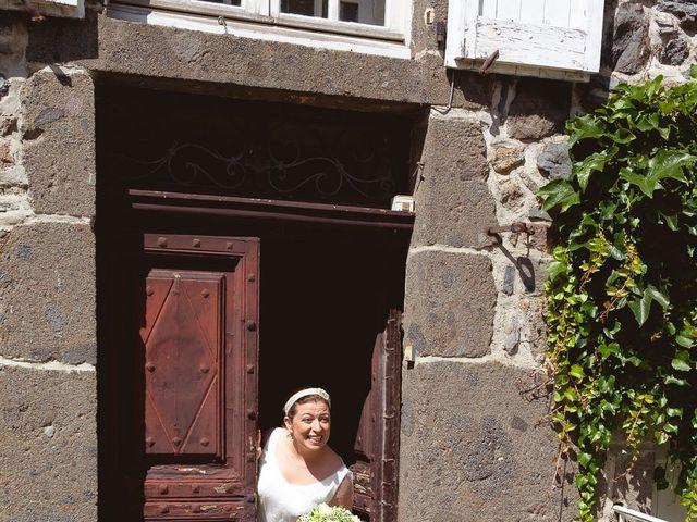 Le mariage de Julien et Adeline à Vitrac, Dordogne 17