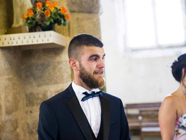 Le mariage de Yann et Mathilde à Ambon, Morbihan 6