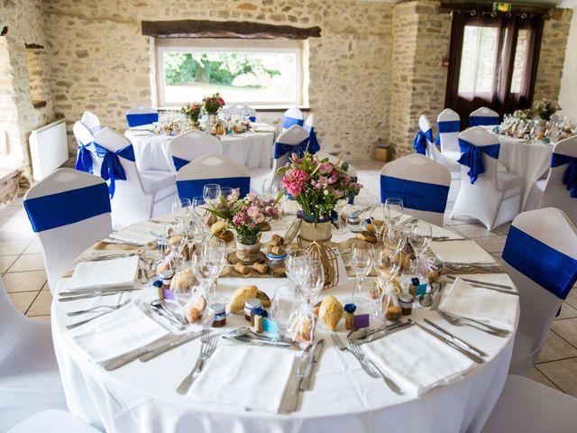 Le mariage de Yann et Mathilde à Ambon, Morbihan 15