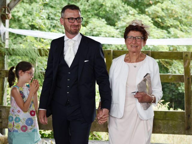Le mariage de Emmanuelle et Marie-Laure à Vitré, Ille et Vilaine 19