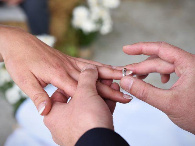 Le mariage de Emmanuelle et Marie-Laure à Vitré, Ille et Vilaine 27