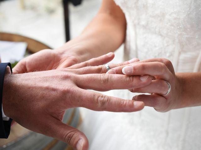 Le mariage de Emmanuelle et Marie-Laure à Vitré, Ille et Vilaine 28
