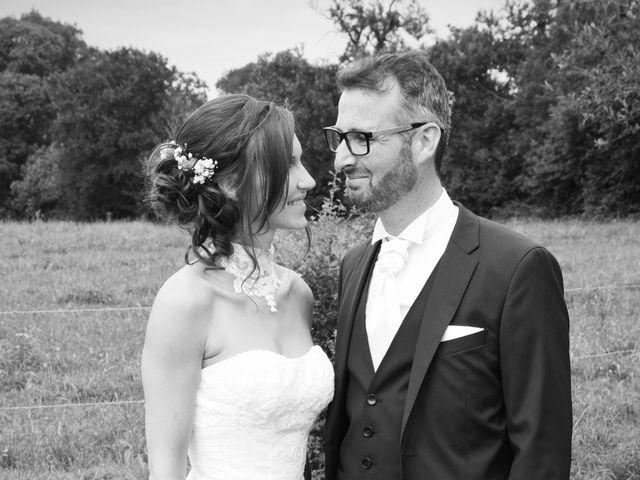 Le mariage de Emmanuelle et Marie-Laure à Vitré, Ille et Vilaine 31