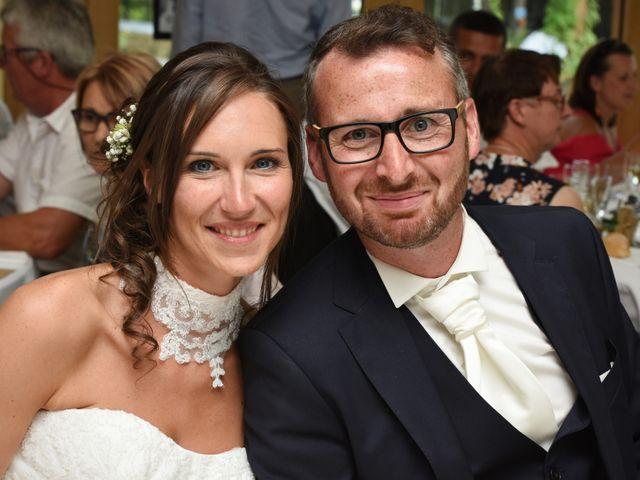 Le mariage de Emmanuelle et Marie-Laure à Vitré, Ille et Vilaine 41