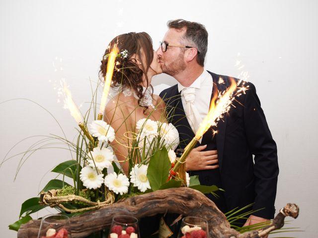 Le mariage de Emmanuelle et Marie-Laure à Vitré, Ille et Vilaine 43