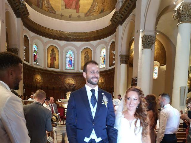 Le mariage de Benoît et Jessica  à Pertuis, Vaucluse 6