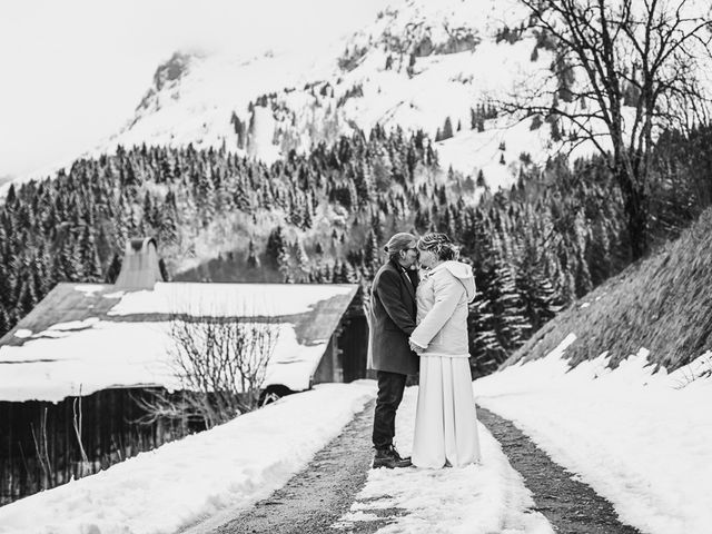 Le mariage de Laurent et Naïg à Le Reposoir, Haute-Savoie 1