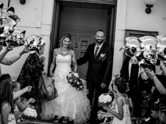 Le mariage de Jerôme et Ana à Saint-Étienne-sur-Reyssouze, Ain 2