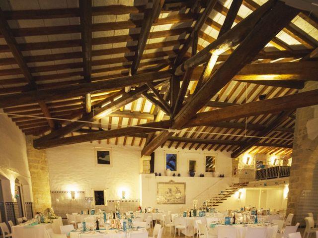 Le mariage de Caro et Manu à Marsillargues, Hérault 12