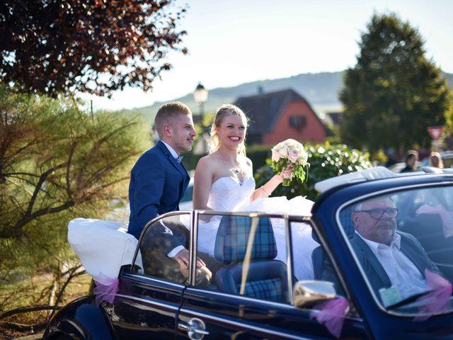 Le mariage de Lionel et Caroline à Pfaffenheim, Haut Rhin 13