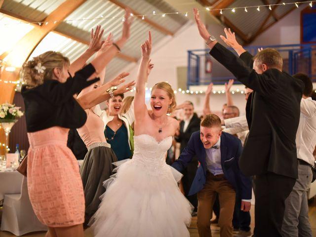 Le mariage de Lionel et Caroline à Pfaffenheim, Haut Rhin 16