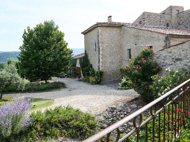 Le mariage de Julien et Justine à Céreste, Alpes-de-Haute-Provence 3