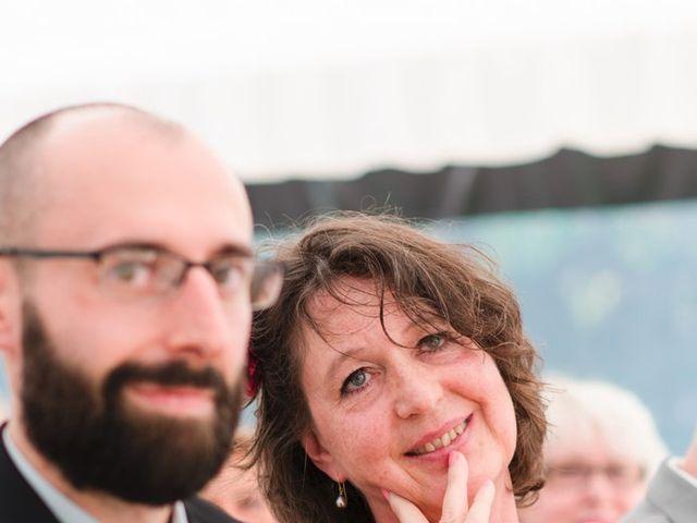 Le mariage de Romain et Yanine à Bréau, Seine-et-Marne 43