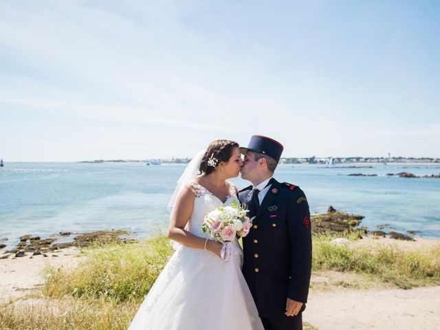 Le mariage de Aurélien et Amandine à Riantec, Morbihan 16