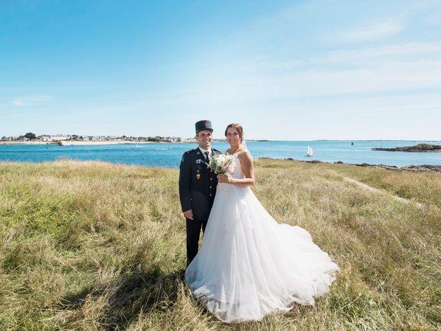 Le mariage de Aurélien et Amandine à Riantec, Morbihan 17