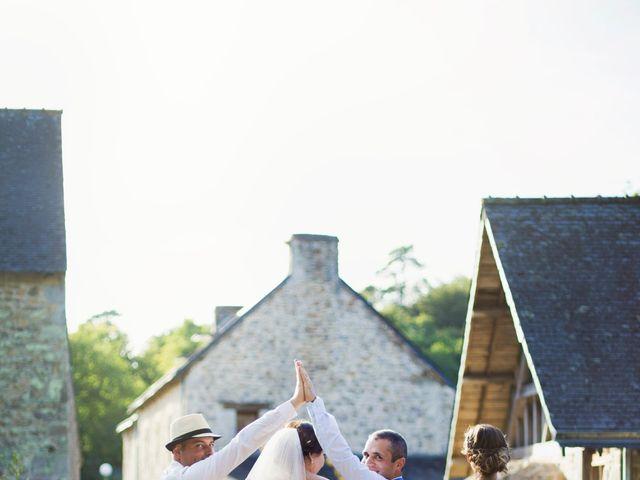 Le mariage de Aurélien et Amandine à Riantec, Morbihan 40